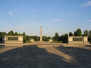 300px-waw-soviet-military-cemetery-main